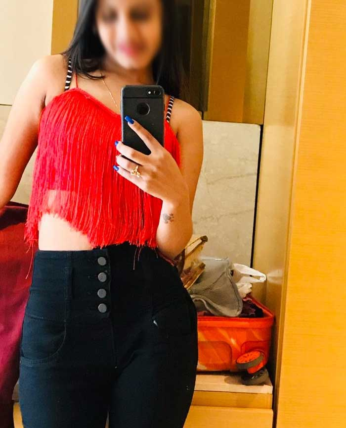 18+ Teen Escorts in Mumbai